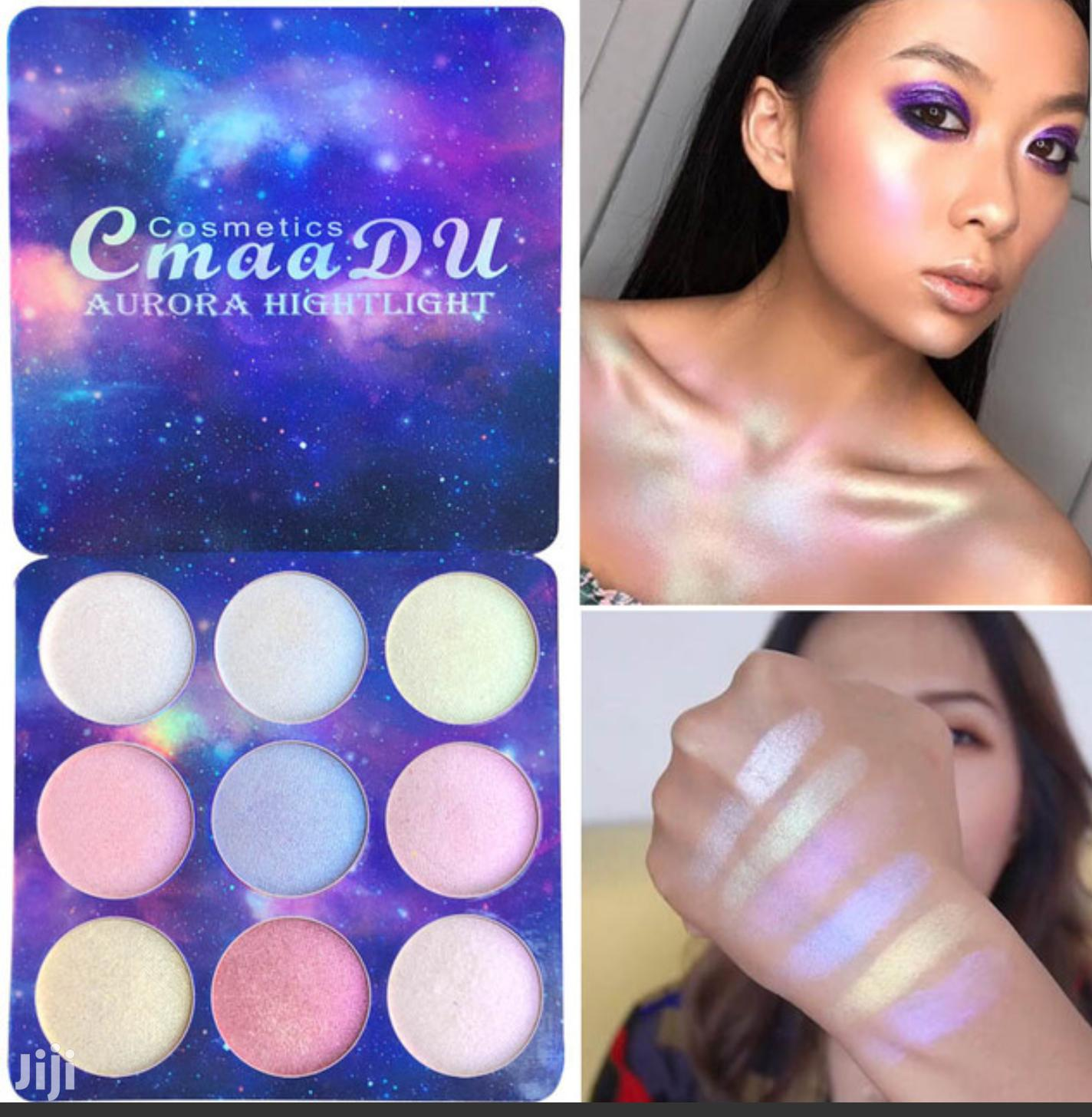 9 Color Shimmer Eye Shadow/Highlight Long Lasting Palette | Makeup for sale in Ikeja, Lagos State, Nigeria