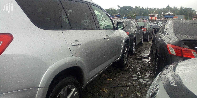 Toyota RAV4 2010 3.5 Limited 4x4 Silver   Cars for sale in Amuwo-Odofin, Lagos State, Nigeria