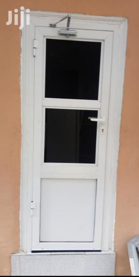 Archive: Swing Entrance Aluminum Net Door