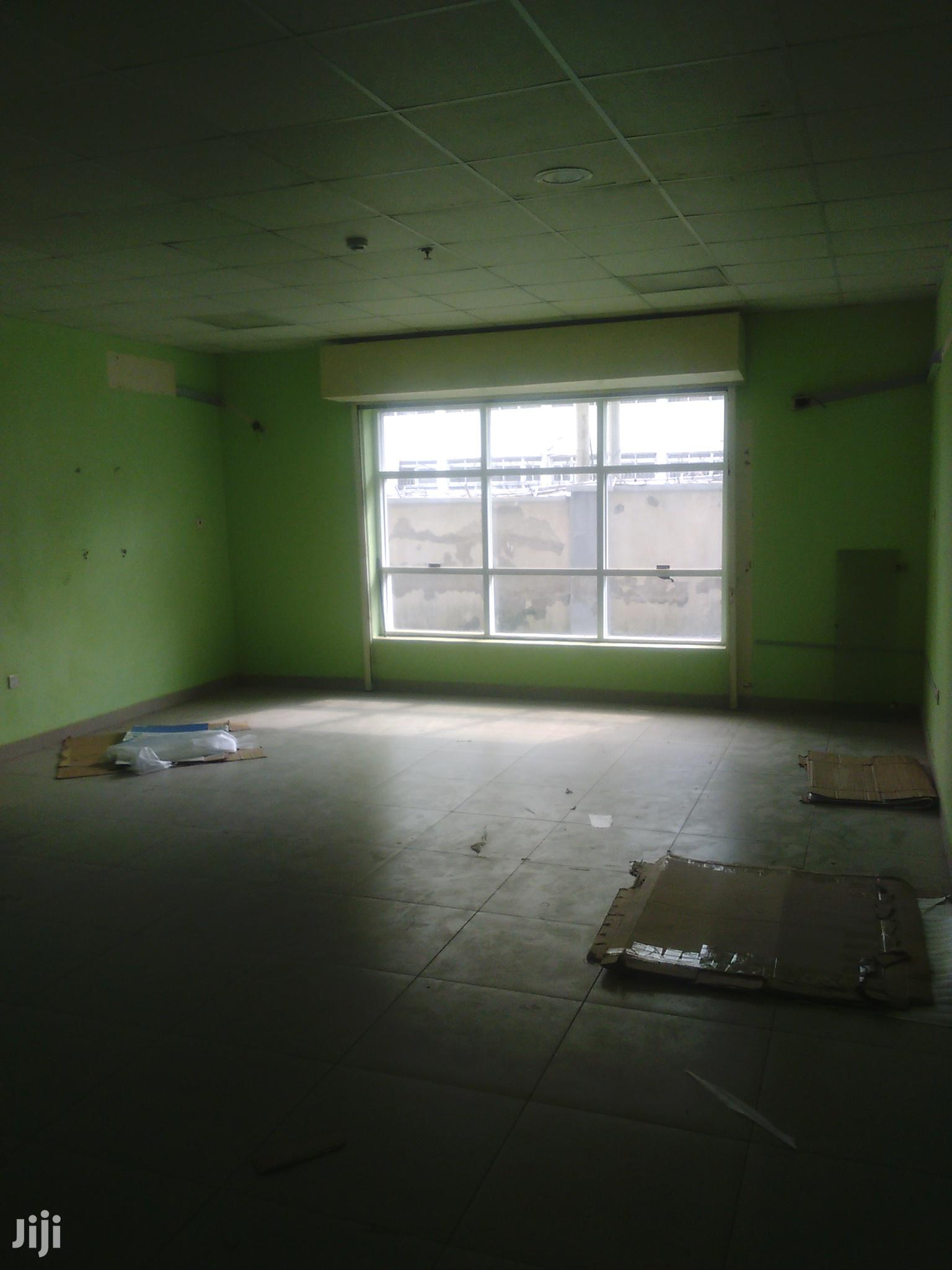 Shop in a Plaza in Gwarinpa for Rent