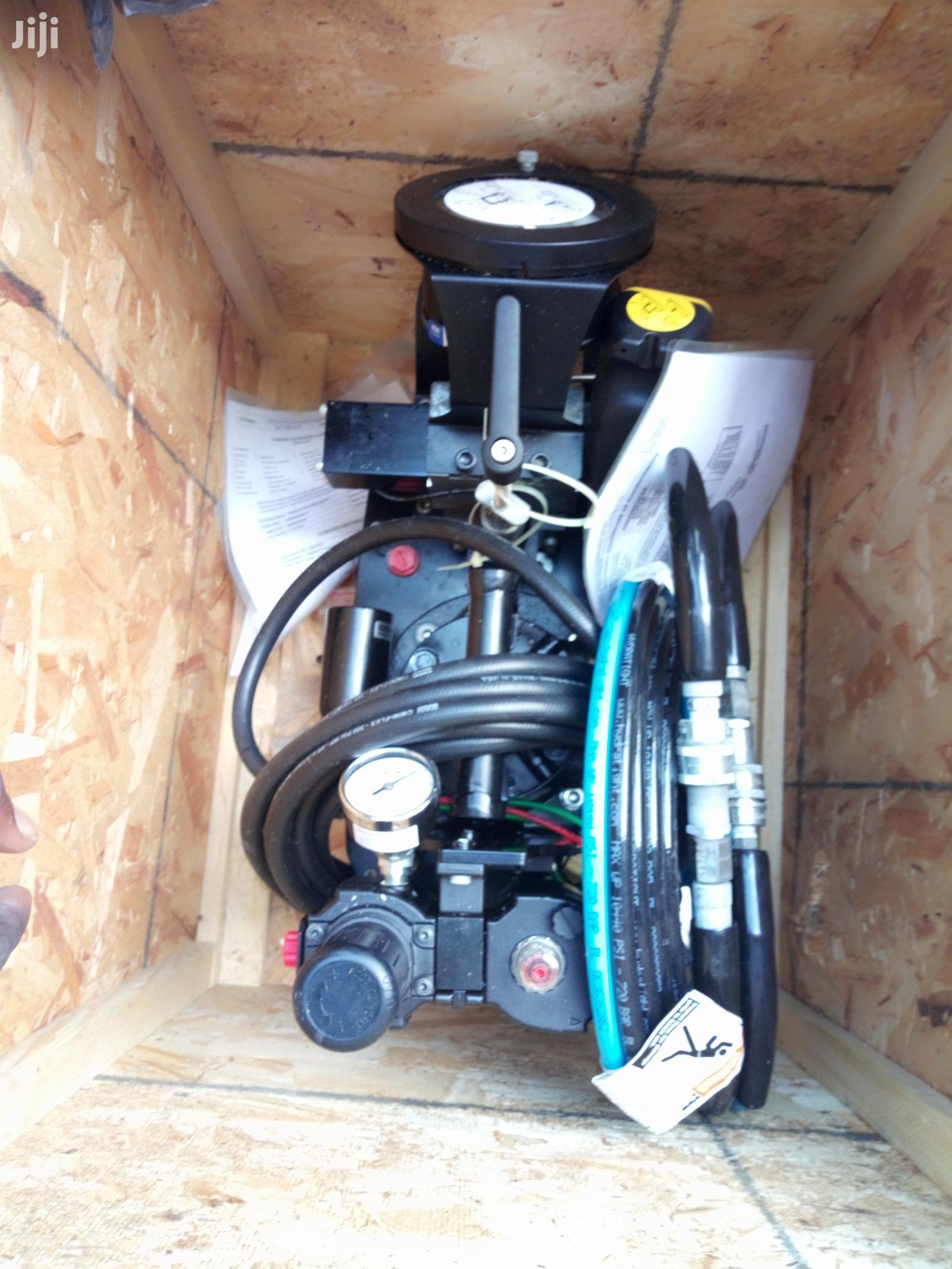 Hydratight Hydraulic Torquing Pump