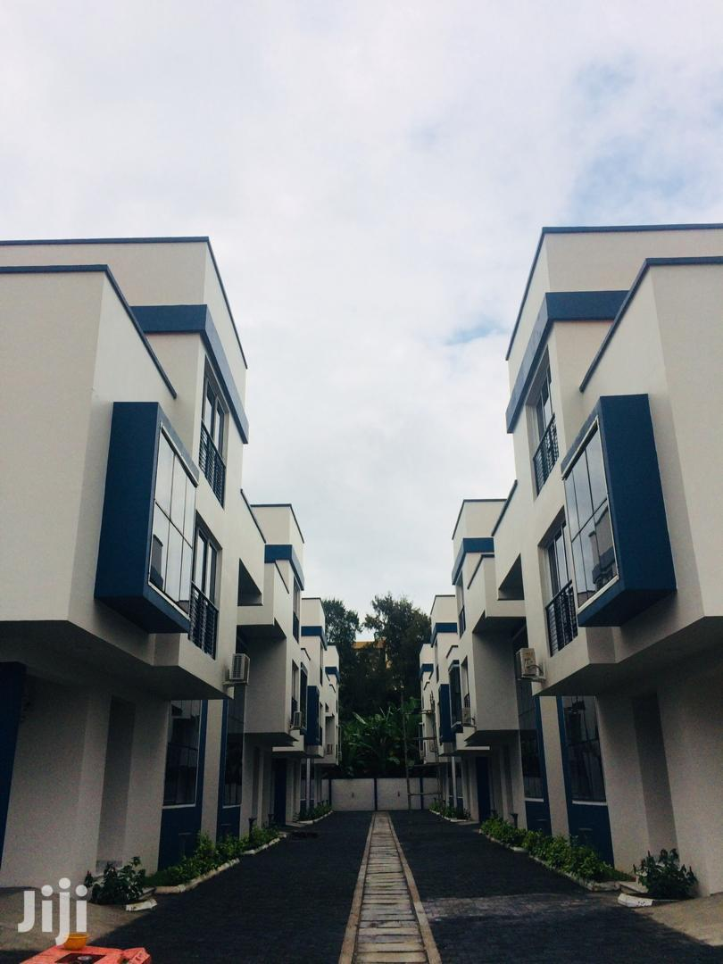 Archive: Clean & Serviced 4 Bedroom Duplex For Sale At Ikoyi Lagos