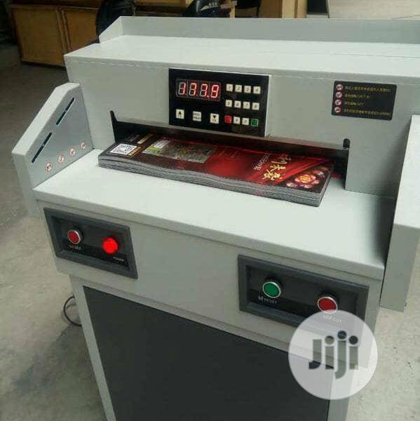 Automatic Programming Cutting Machine