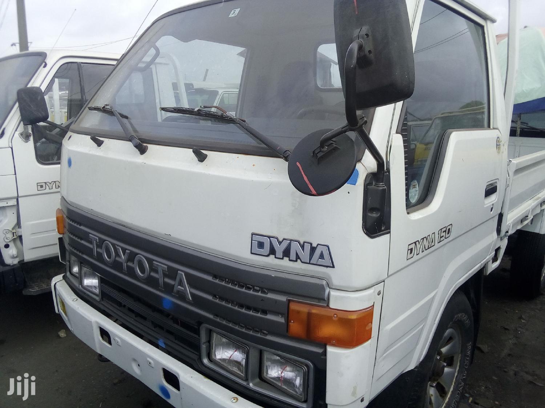 Toyota Dyna 2008 White