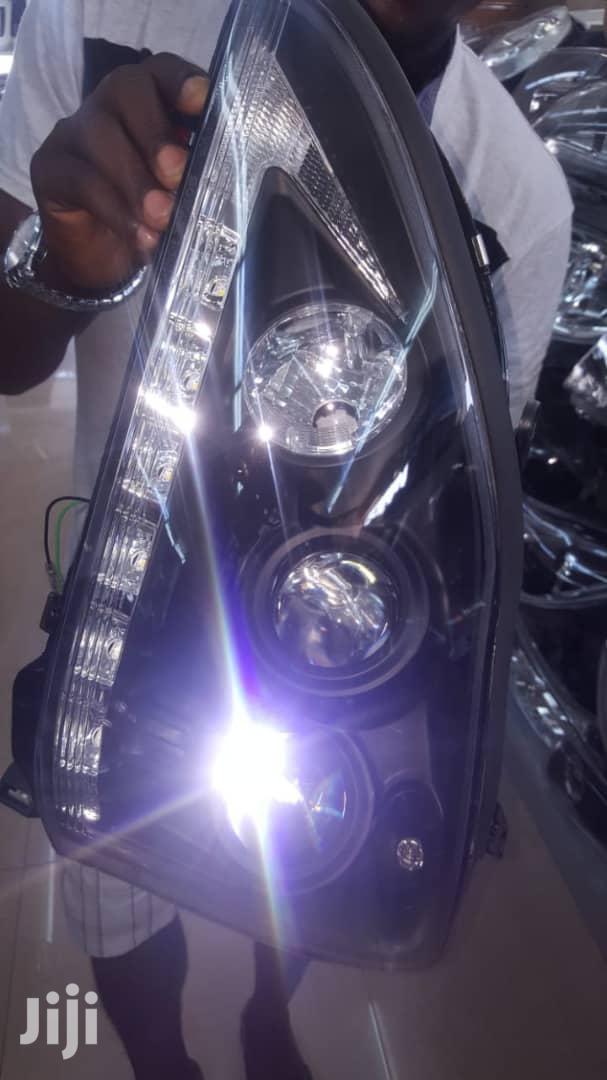 RX 330 Head Light, 2005/2006 Yahoo Dark Face Model (Set)