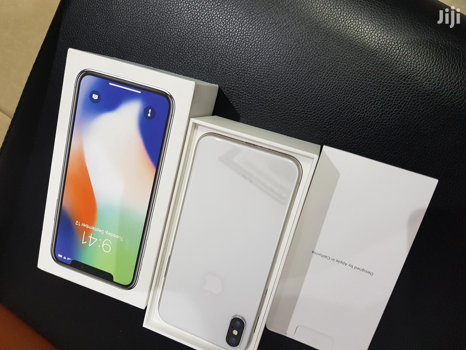 Apple iPhone X 256 GB White   Mobile Phones for sale in Ibadan, Oyo State, Nigeria