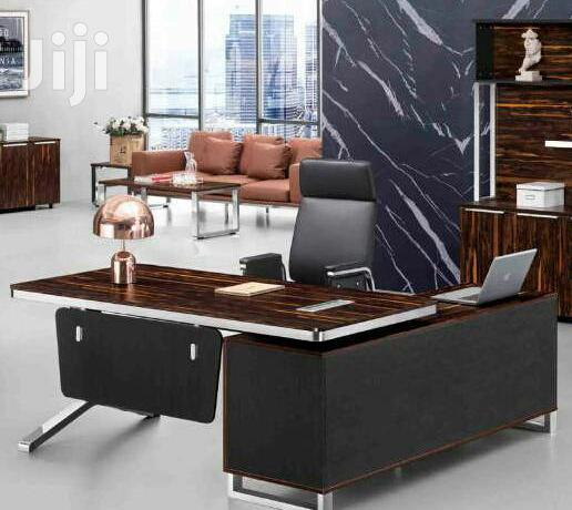 1.6m Executive Table