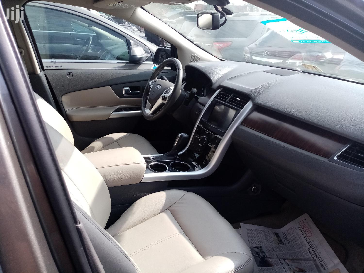 Archive: Ford Edge 2013 Brown