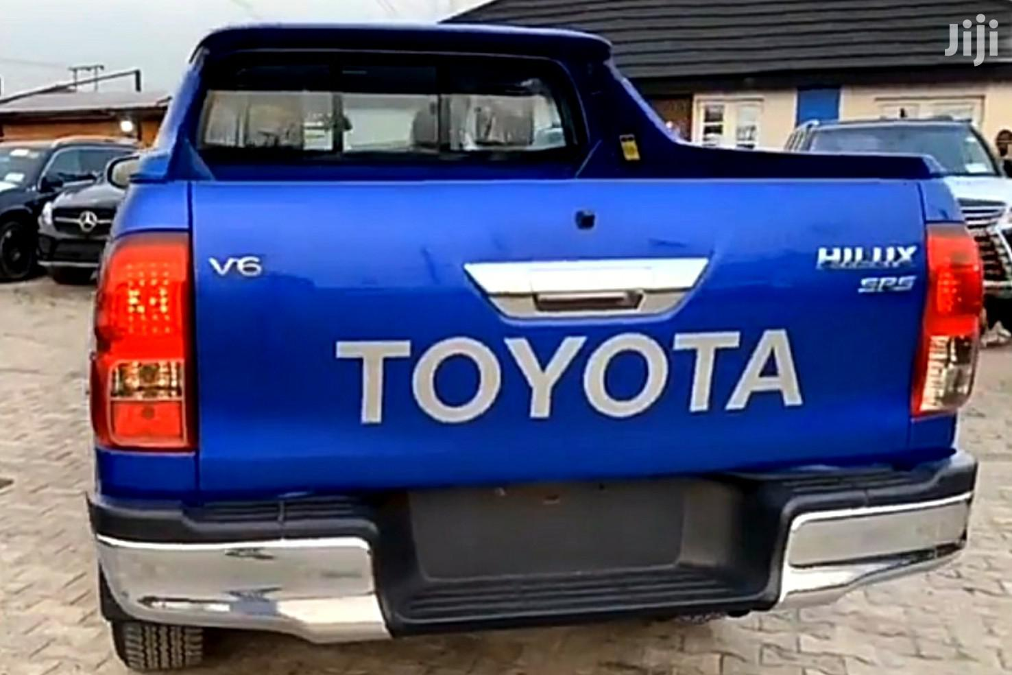 New Toyota Hilux 2019 SR5+ 4x4 Blue | Cars for sale in Lekki, Lagos State, Nigeria