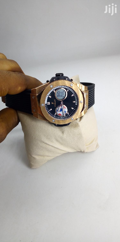 Hublot Chronograph Digital/Analog Rose Gold Rubber Strap Watch   Watches for sale in Lagos Island (Eko), Lagos State, Nigeria