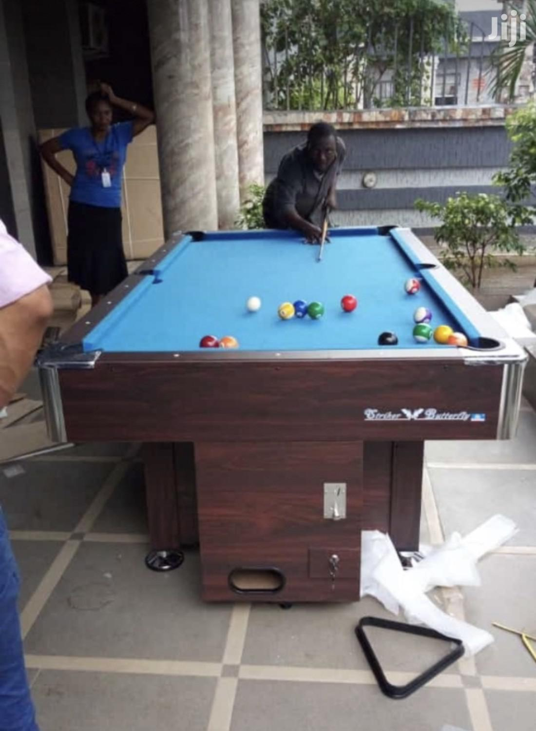 Coin Operated Snooker Table With Double Accessories