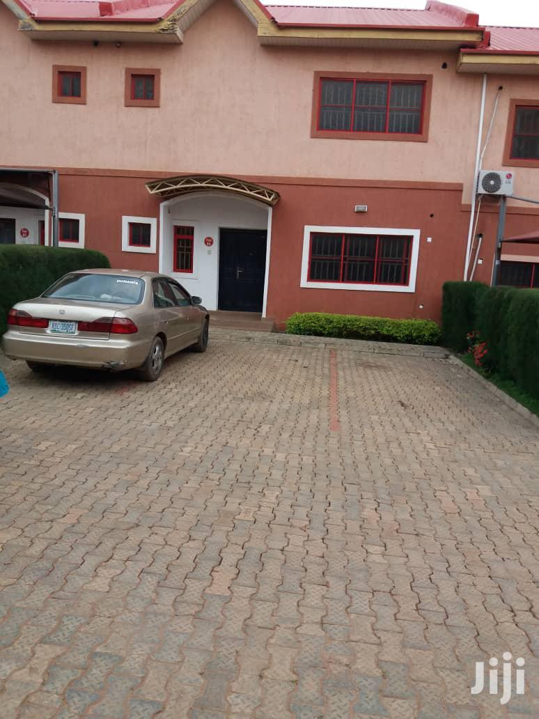 Archive: 3 Bedroom Terrace Duplex At Durumi For Sale