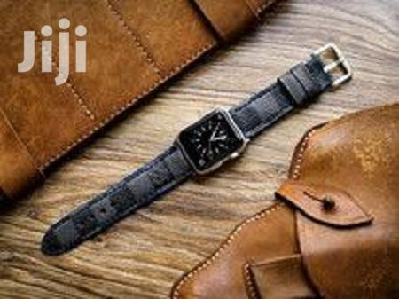Archive: Louis Vuitton Iwatch Leather Straps For Series 4-44mm