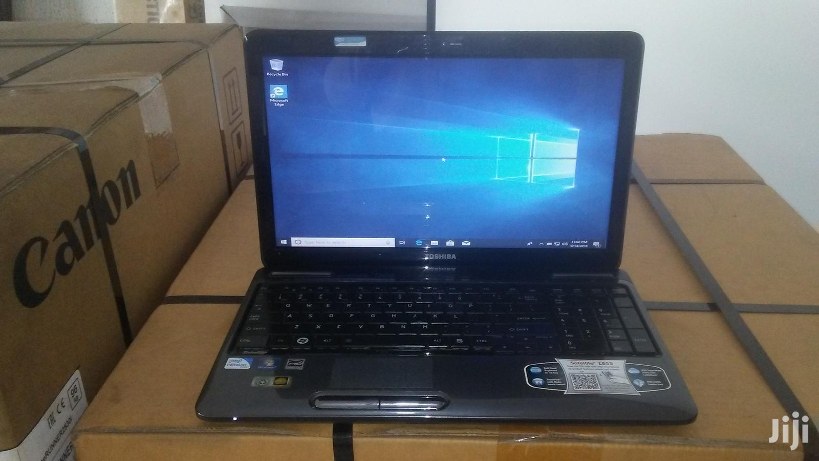 Laptop Toshiba Satellite L555 3GB Intel Pentium HDD 320GB