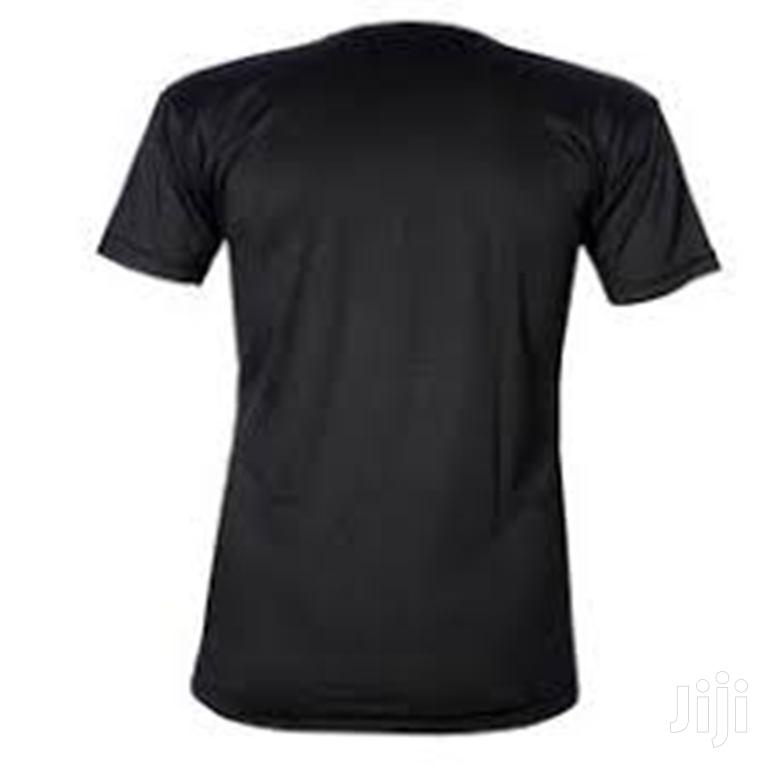 Royal Short-sleeve Black O-neck T-shirt   Clothing for sale in Surulere, Lagos State, Nigeria