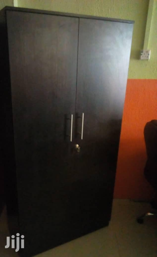 Strong Quality And Durable Double Door Wardrobe