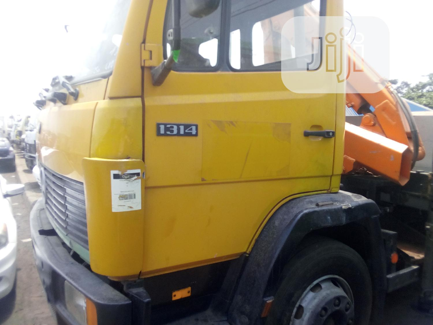 Mercedes Benz 2004 | Trucks & Trailers for sale in Apapa, Lagos State, Nigeria