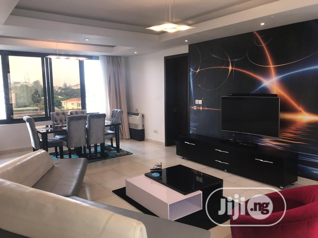 Archive: Ikoyi Furnished 3 Bed Luxury Apartment