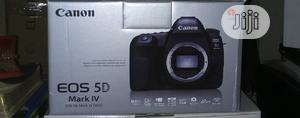 Canon 5D Mark IV With 24-105mm F/4l II Lens   Photo & Video Cameras for sale in Lagos State, Ojo