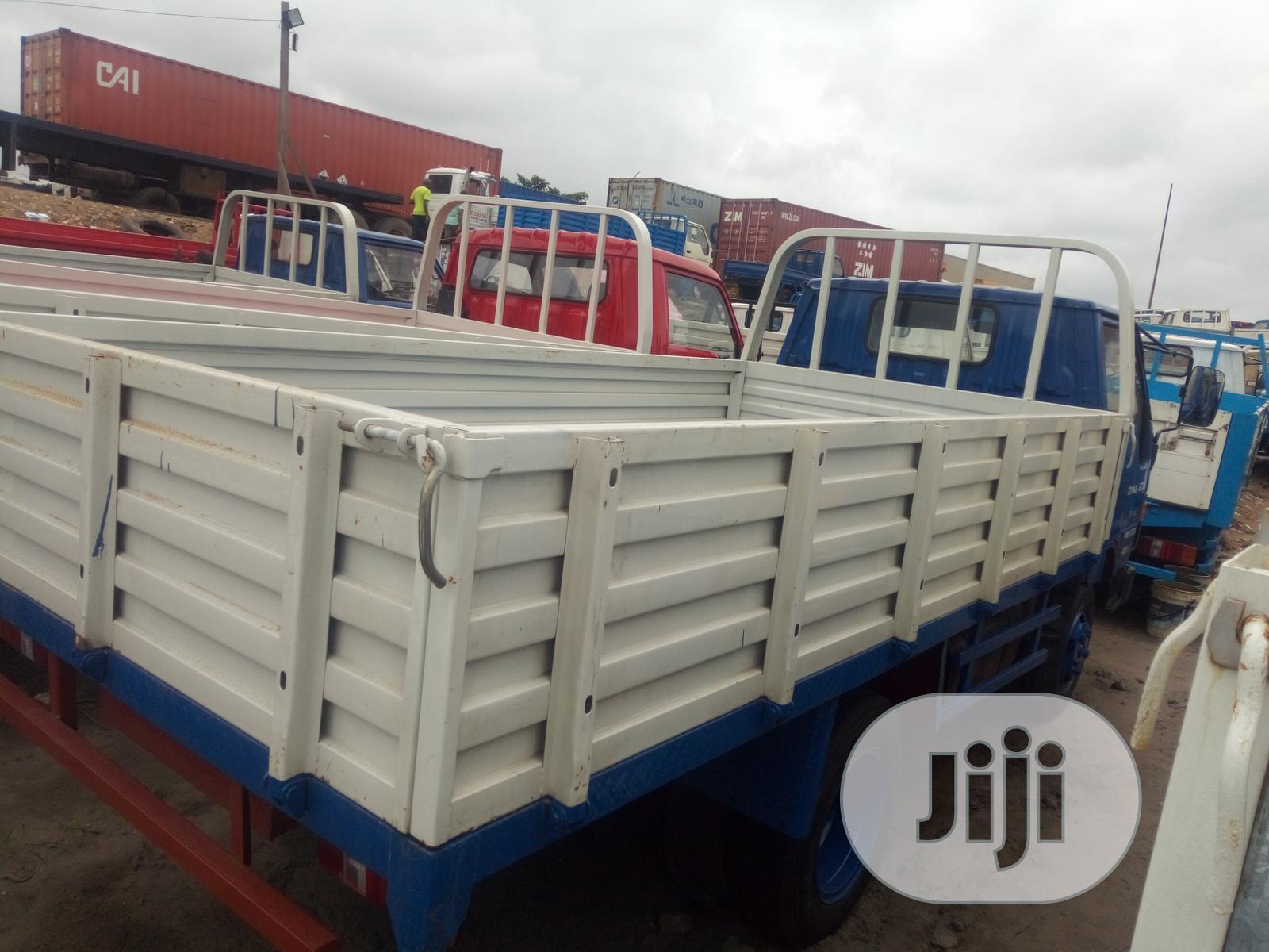 Toyota Dyna 2000 Blue | Trucks & Trailers for sale in Apapa, Lagos State, Nigeria