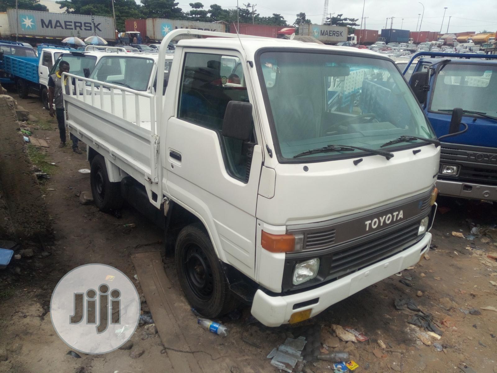 Toyota Dyna 1995 White   Trucks & Trailers for sale in Apapa, Lagos State, Nigeria