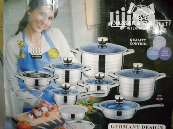 25 Pieces Set of Quality Pots
