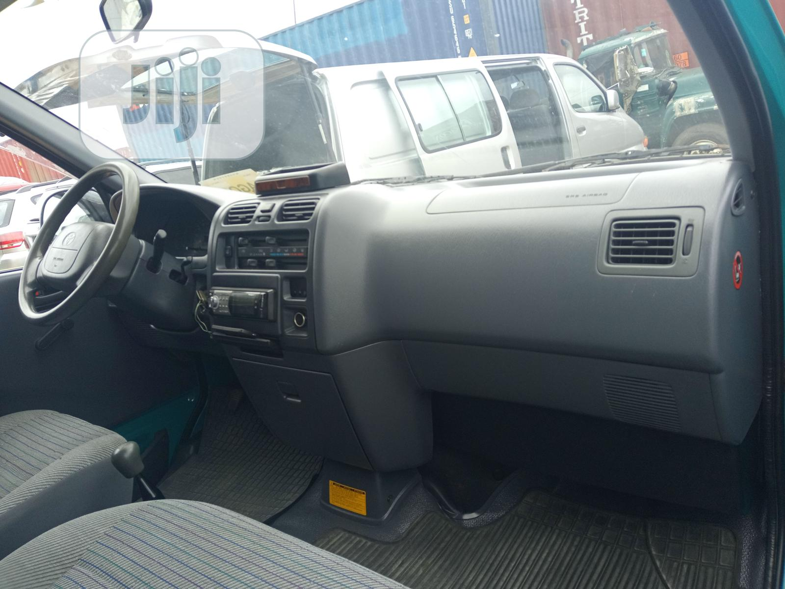 Toyota Hiace 2002 Green | Buses & Microbuses for sale in Apapa, Lagos State, Nigeria