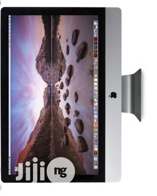 Archive: Apple iMac 27inchs 2Tb Core I9 8 8Gb