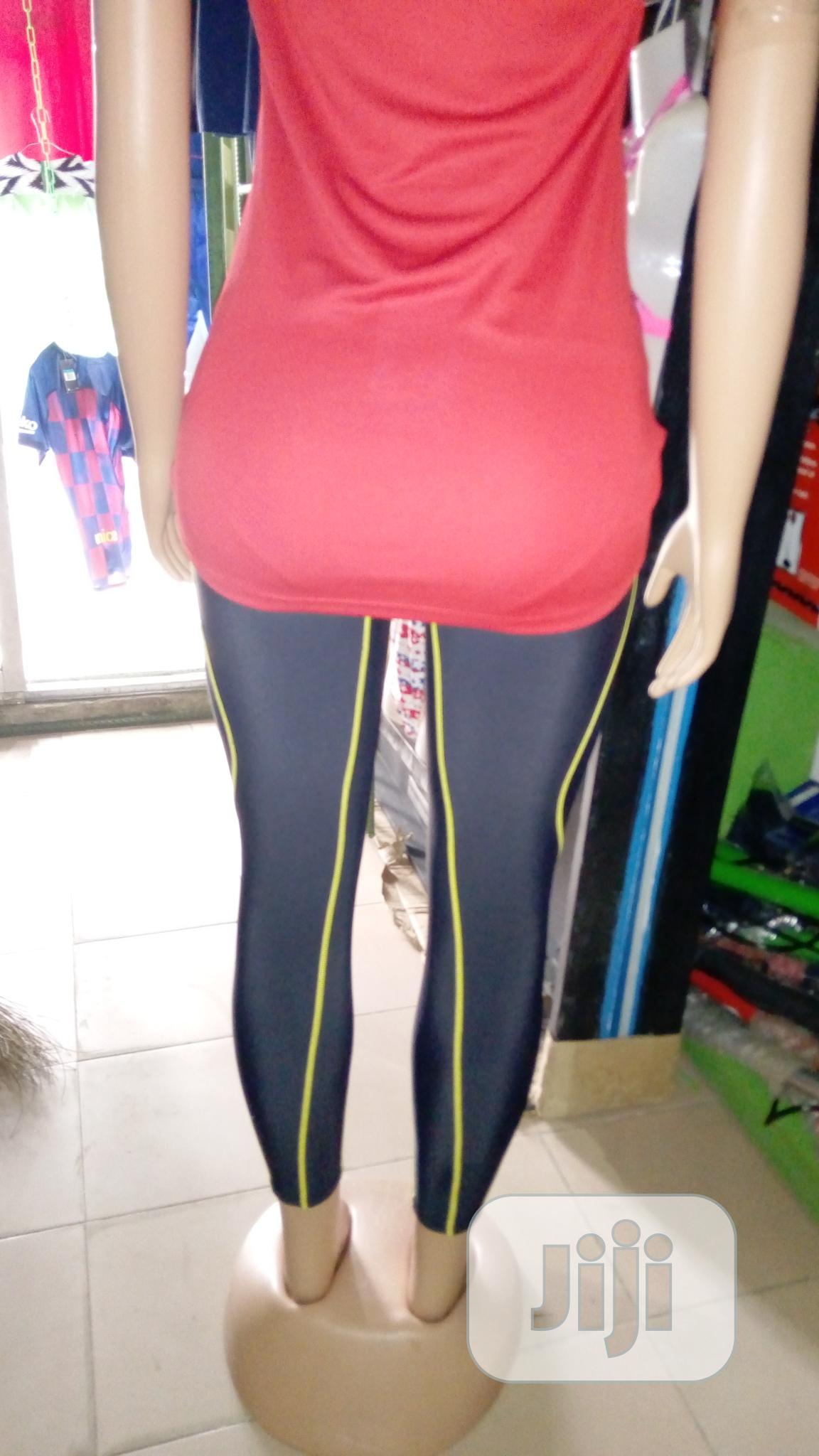 Female Arsenal Jersey With Leggings Tight