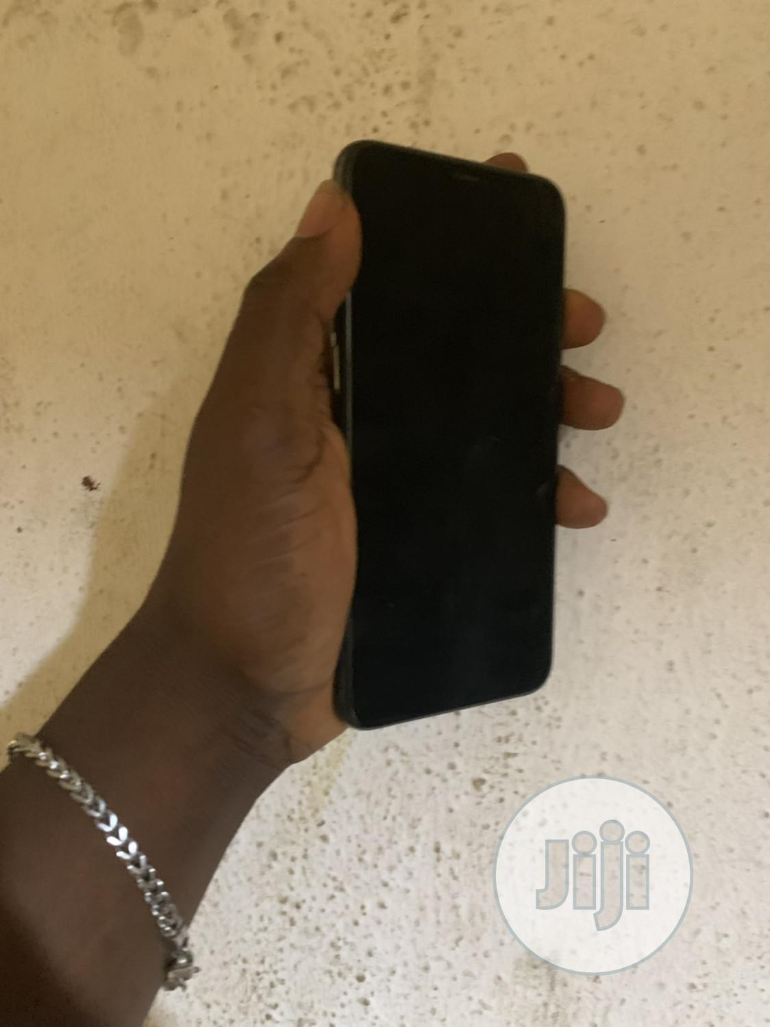 Archive: Apple iPhone XS Max 512 GB Gray