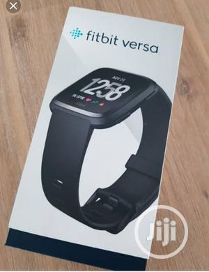 Fitbit Fitness Sports Smart Watch (Versa)   Smart Watches & Trackers for sale in Lagos State, Ikeja