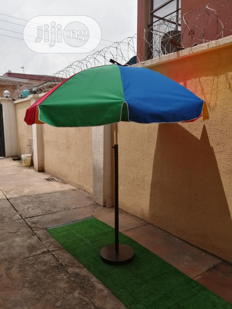 Durable Branded Parasol With Quality Modern Stand