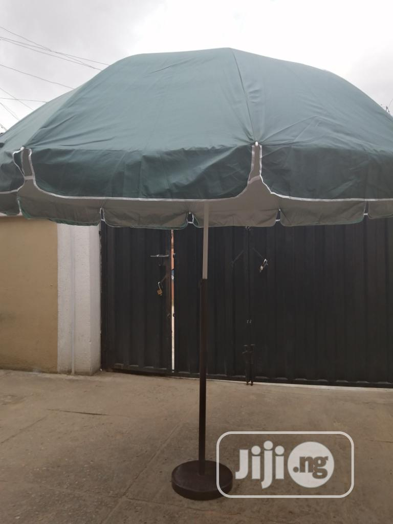 Durable And Fancy Parasol Stand For Sale