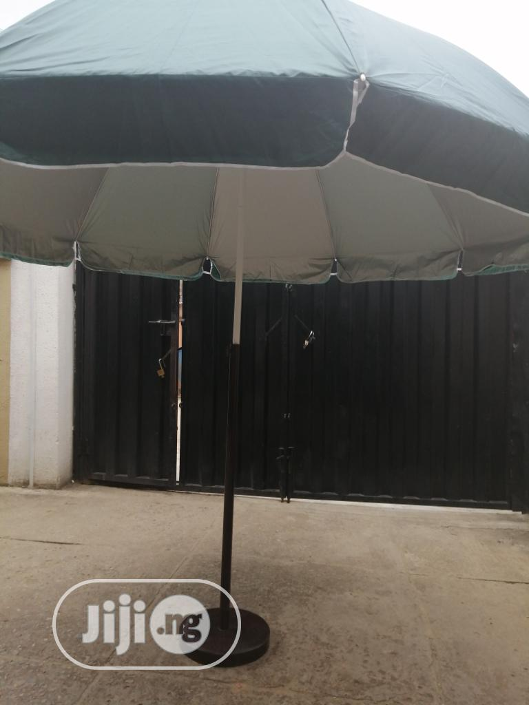 Get Quality Parasol With Durable Stand