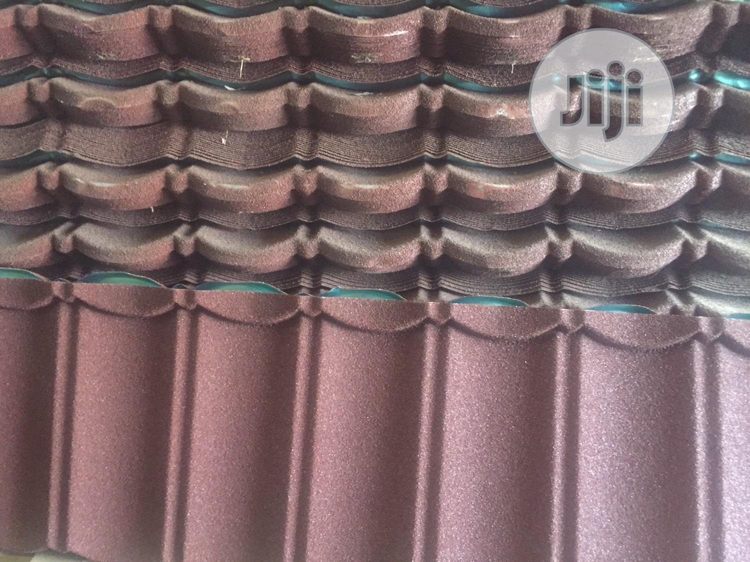 Courted Interlocking Roofing Step Tiles
