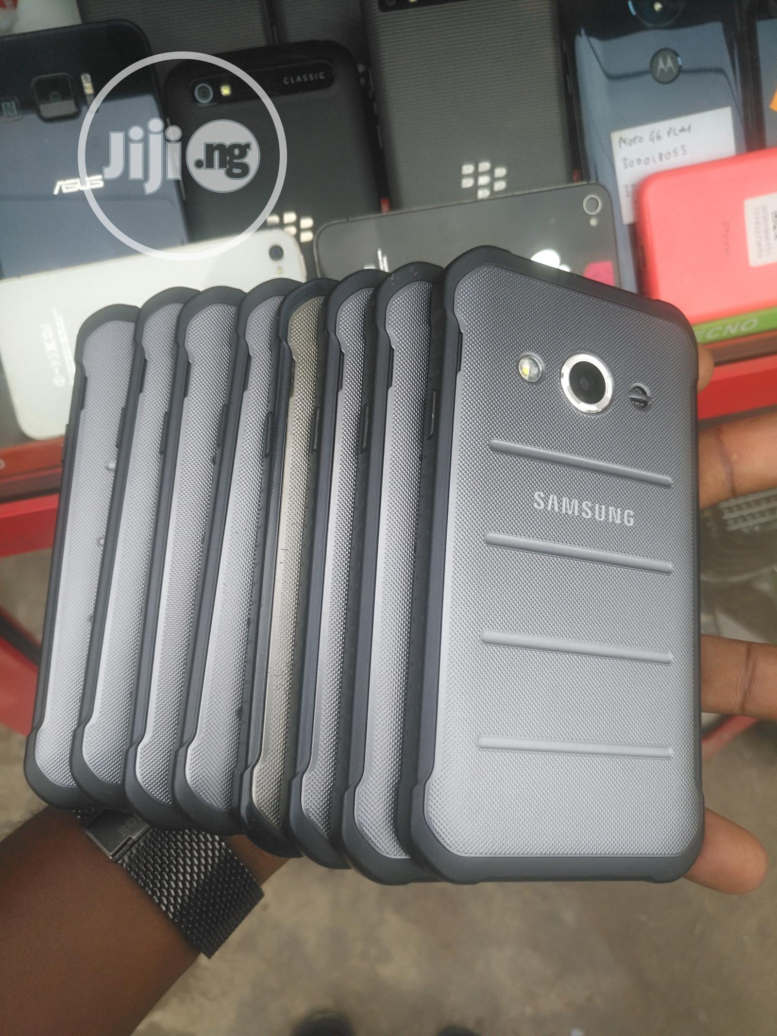 Samsung Galaxy Xcover 3 8 GB   Mobile Phones for sale in Ikeja, Lagos State, Nigeria