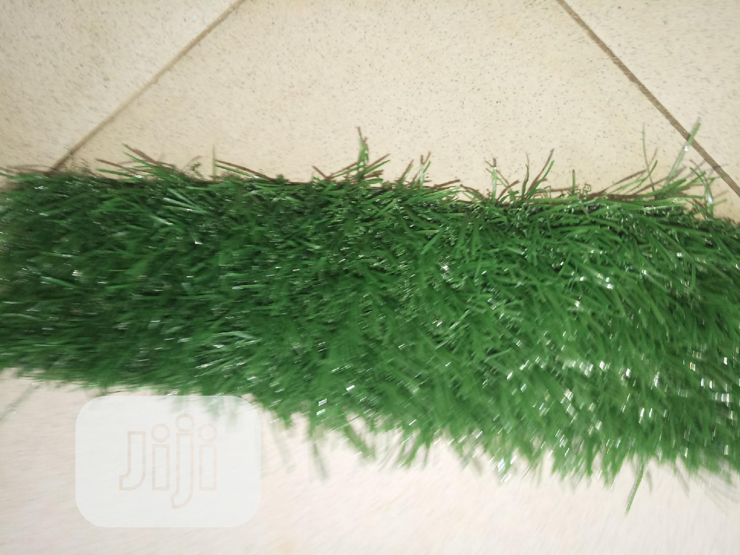 New & Quality Artificial Carpet Grass For Multipurpose Use.