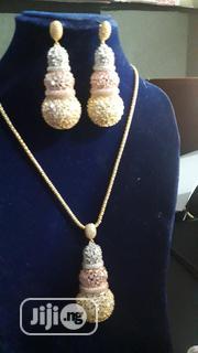 Zirconia 3-Tone Peanut Shaped Jewelry Set (2-In-1)   Jewelry for sale in Lagos State, Ikotun/Igando