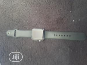 Clean Iwatch Series 2 42mm 38mm Black   Smart Watches & Trackers for sale in Oyo State, Ibadan