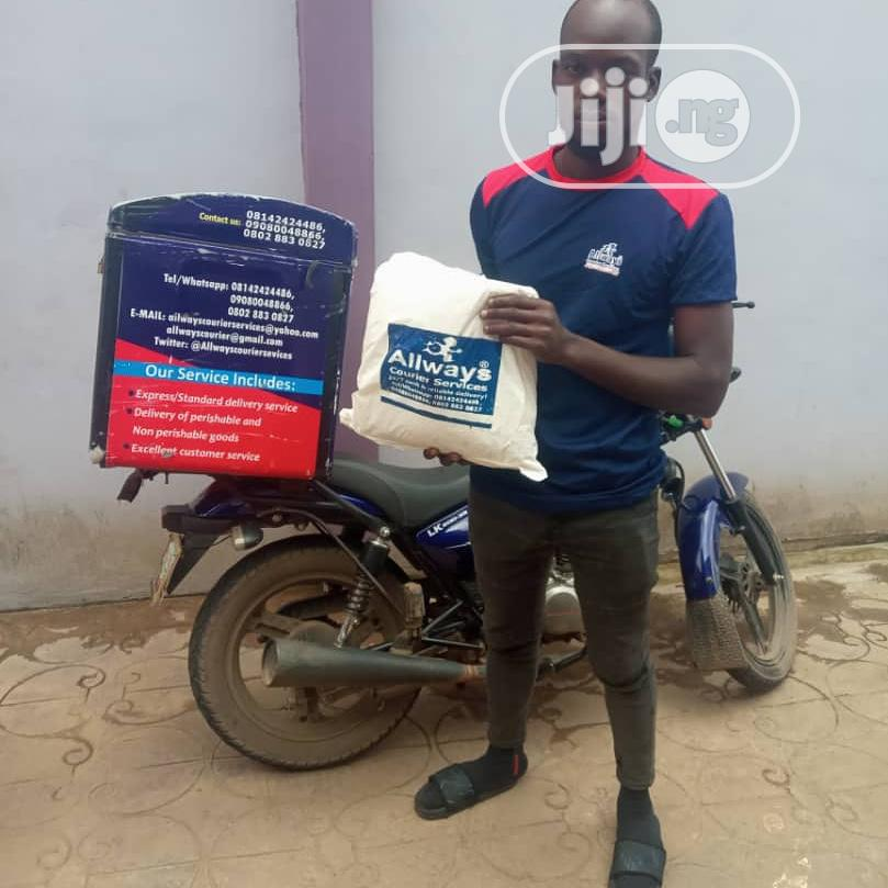 Parcel Pickup And Delivery