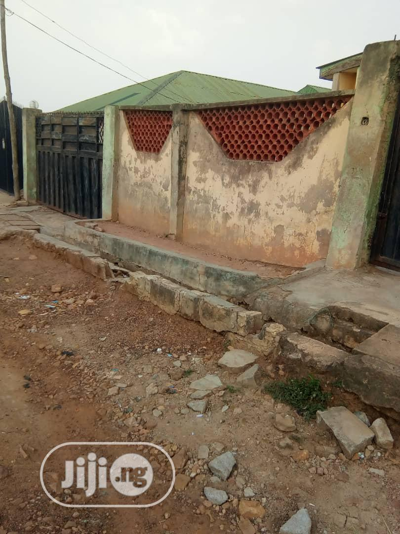 4 Bedroom Flat and 3bedroom Bungalow for Sale at Akure