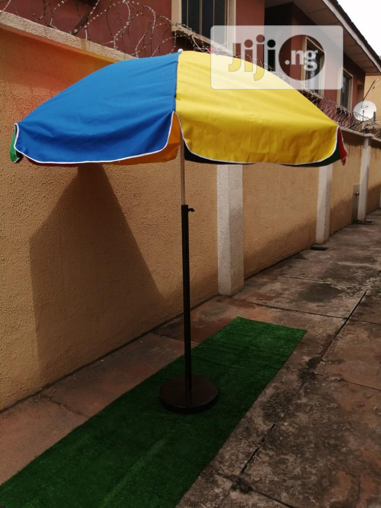 Quality Outdoor Parasol With Modern Stand For Sale