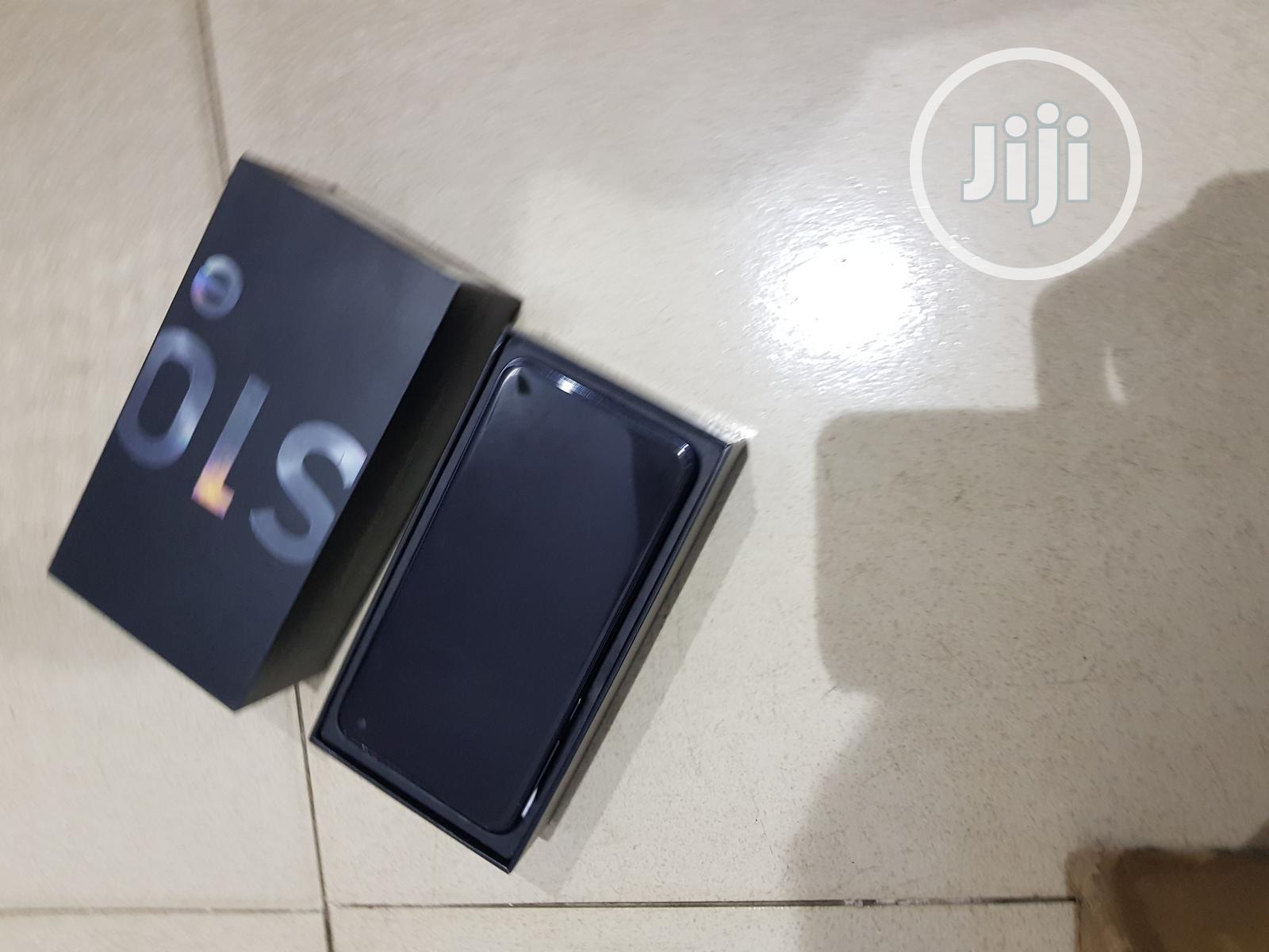 Samsung Galaxy S10e 128 GB Gray
