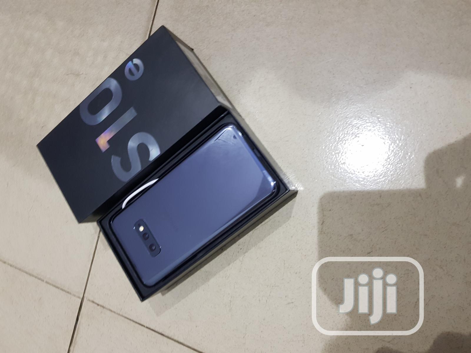 Samsung Galaxy S10e 128 GB Gray | Mobile Phones for sale in Ibadan, Oyo State, Nigeria