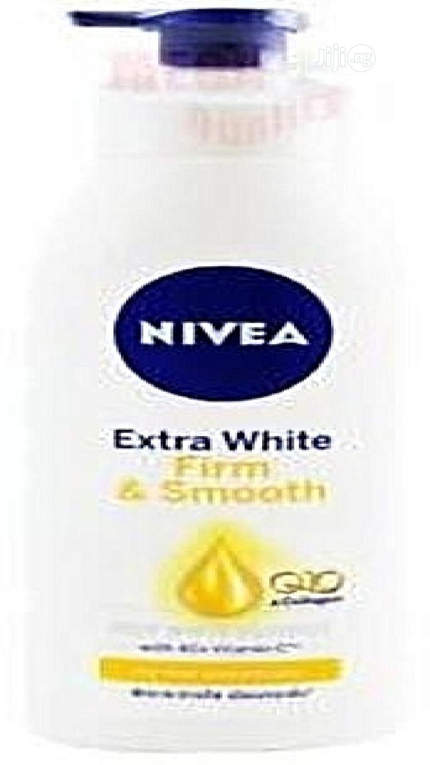 Nivea Extra White Firm Smooth Lotion With Q10 and Collagen
