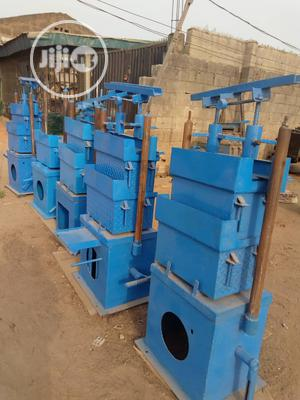 Electrick and Manual Block Molding Machine for Sale   Manufacturing Equipment for sale in Lagos State, Ikeja