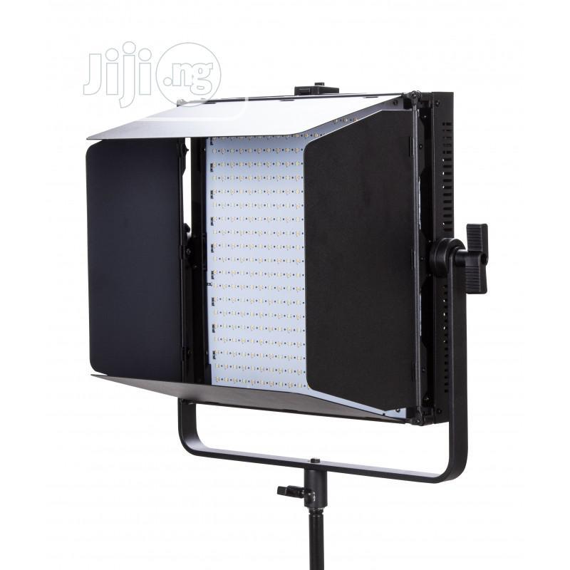Archive: Tolifo GK-J-1000A LED Video Light