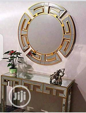 Excusitive Console Mirror Gold   Home Accessories for sale in Lagos State, Surulere