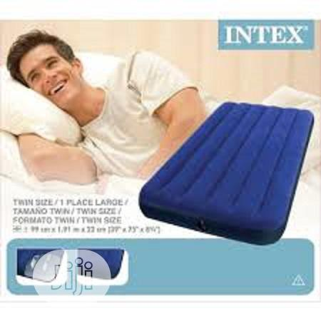 Twin Airbed Intex With Pump
