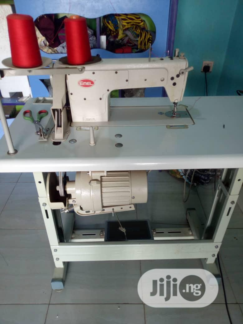 Emel Industrial Straight Sewing Machine Model 8500 | Manufacturing Equipment for sale in Ikotun/Igando, Lagos State, Nigeria
